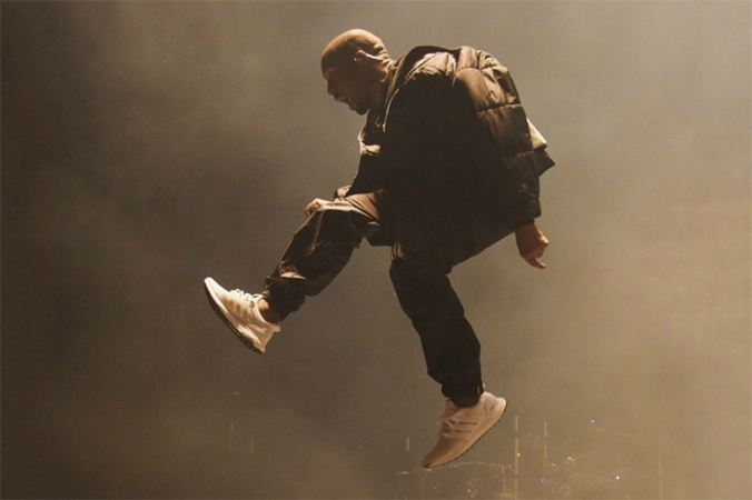 kanye-west-rocks-the-new-adidas-ultra-boost-triple-white-during-bbma-performance-1